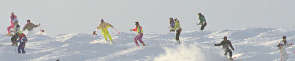 group skiing large - Copy.jpg
